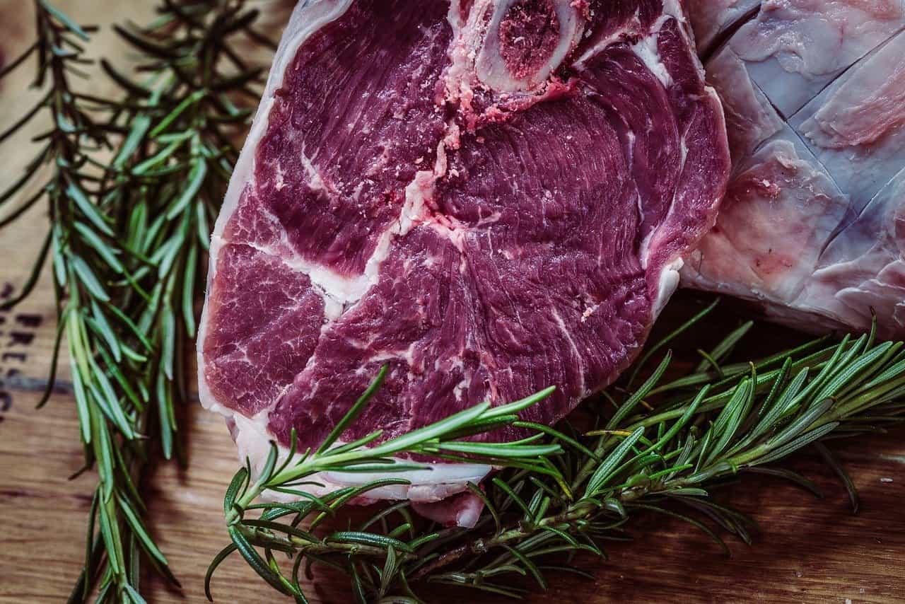 Cómo elegir al mejor distribuidor de carnes en Valencia